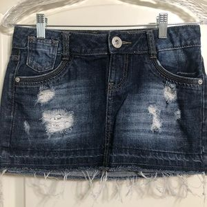Guess distressed jeans skirt size XS